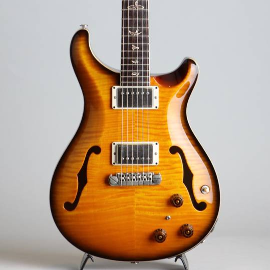 McCarty Hollowbody II w/Piezo 10Top Amber Black 2011