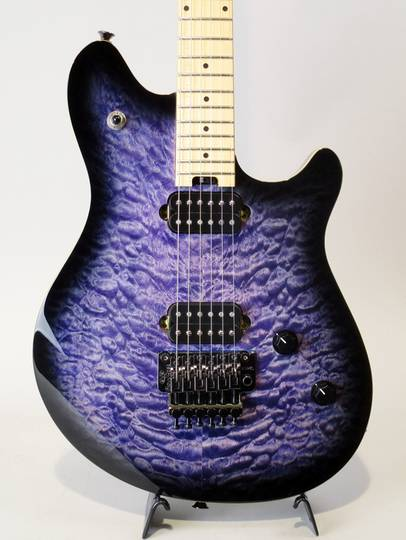 Wolfgang Standard Quilt Maple Transparent Blue Burst