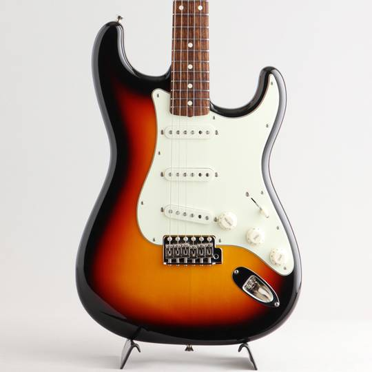 Made In Japan Traditional 60s Stratocaster 3-Color Sunburst