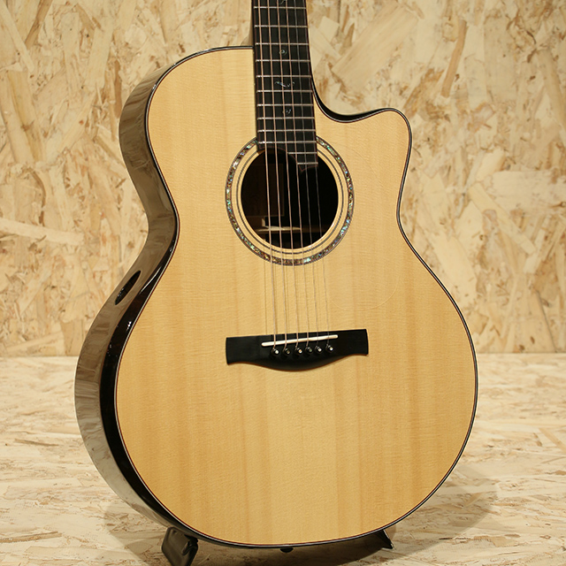 Madrigal Grand Auditorium Cutaway African Blackwood