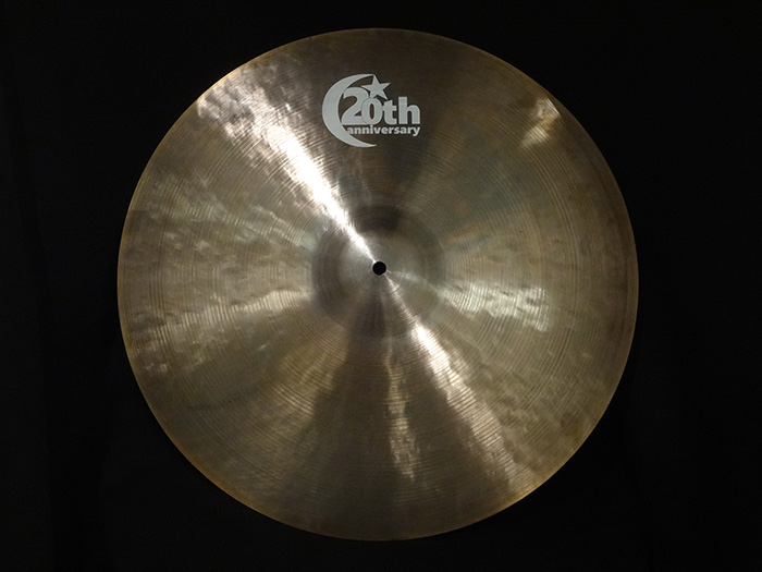 "【新品特価30%OFF!】20th Anniversary Series 20"" Ride 1841g"