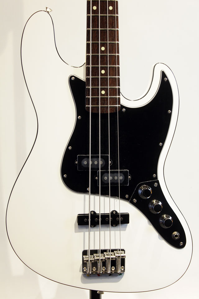 Made in Japan AERODYNE II JAZZ BASS (AJBII AWH)