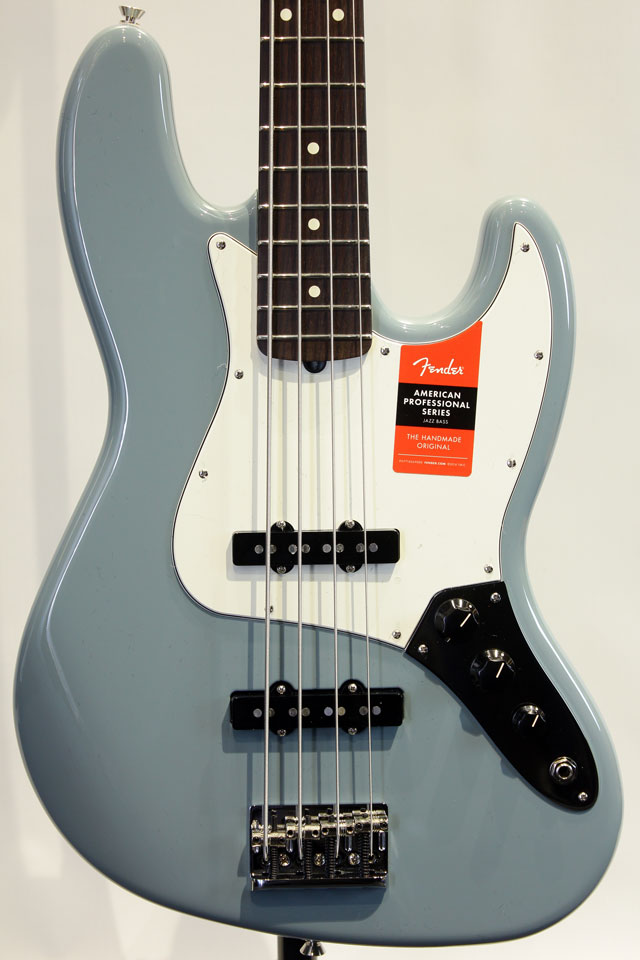 American Professional Jazz Bass (SNG/R)