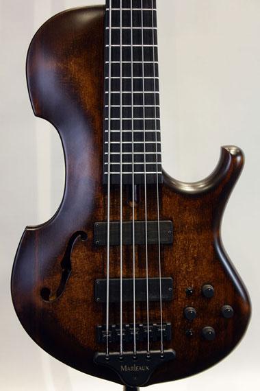 マーローコントラ5弦ベース