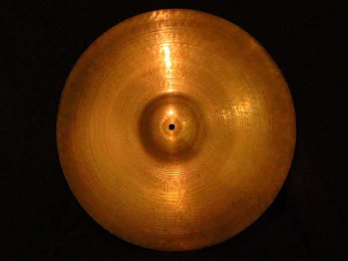 "【VINTAGE】1946-53' A Zildjian 18"" Crash Ride Trans Stamp 1,537g"