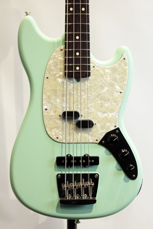 AMERICAN PERFORMER MUSTANG BASS (Satin Surf Green)