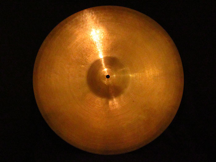 "【VINTAGE】1946-53' A Zildjian 18"" Thin Crash Trans Stamp 1,426g"