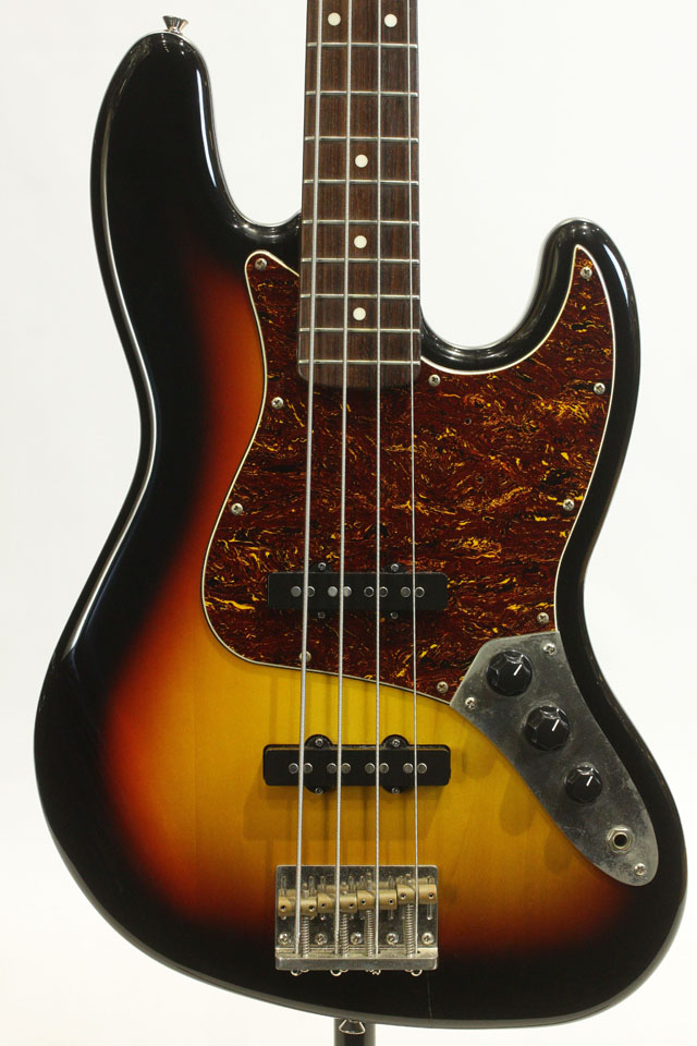 Classic Vibe 60s Jazz Bass  3-Color Sunburst