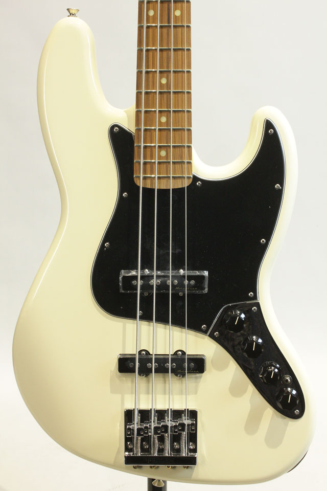FENDER/MEXICO Deluxe Active Jazz Bass / PF (Olympic White) フェンダー/メキシコ