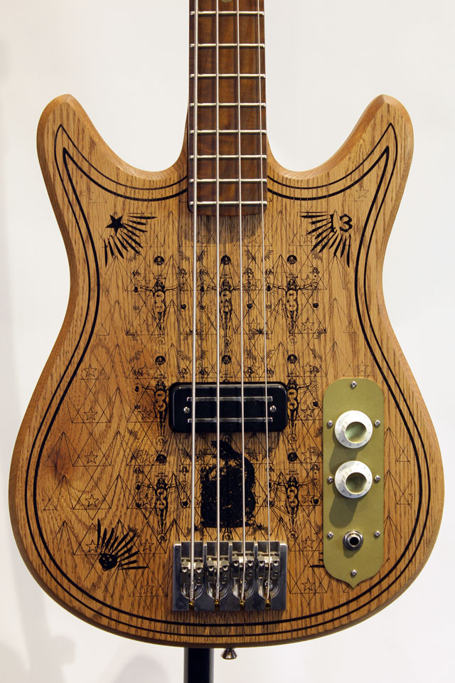 Magic 13 Bass