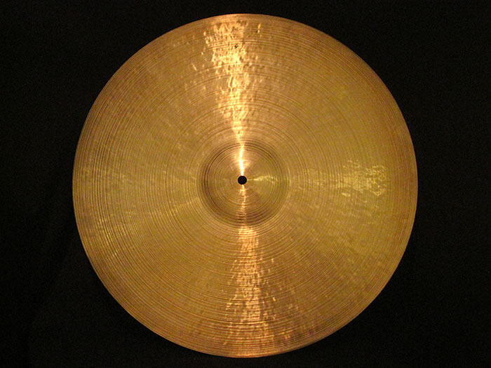 "20"" 1,663g / To Lee Engraved Robert Spizzichino"