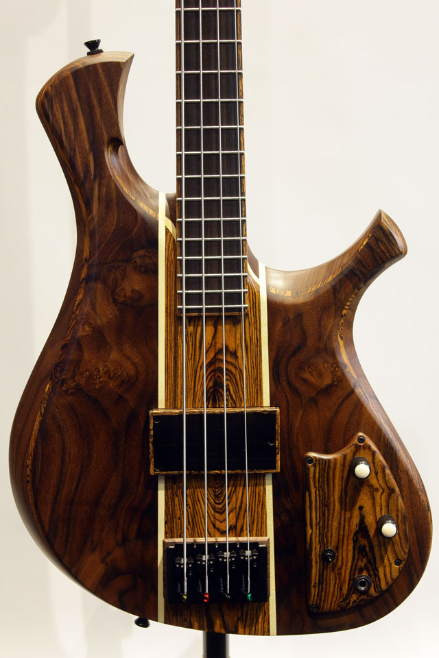 "The Double Bit 4st ""Walnut Top"""