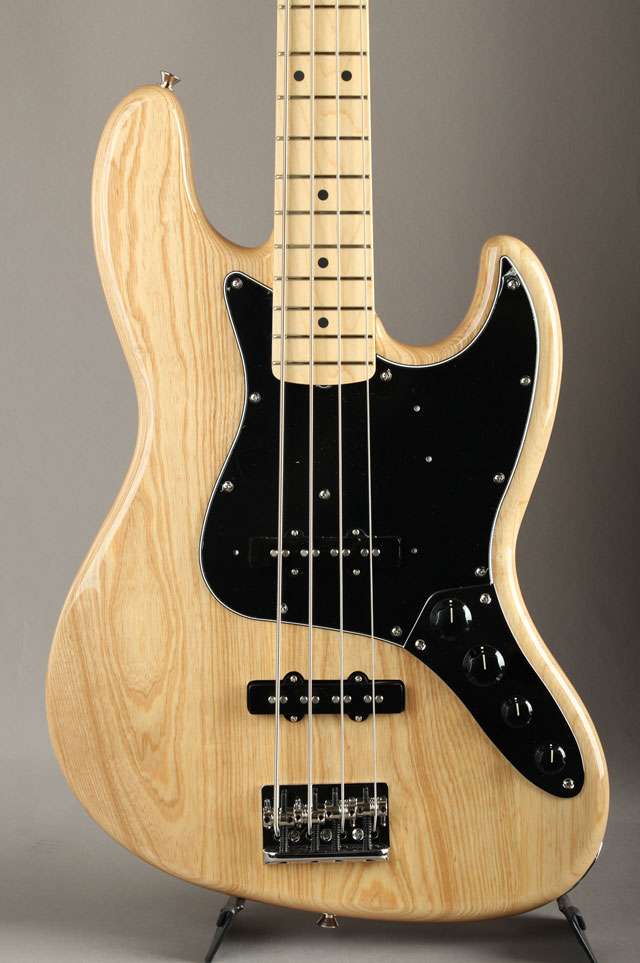 Made In Japan Limited Active Jazz Bass Natural
