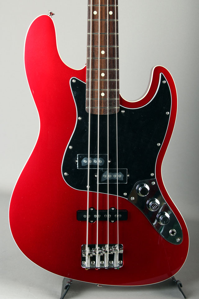 Made in Japan Aerodyne Jazz Bass Old Candy Apple Red