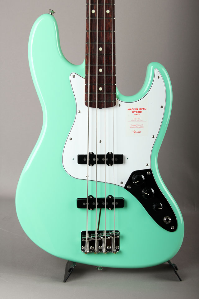 Made in Japan Hybrid 60s Jazz Bass Surf Green