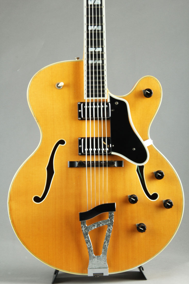 E1970s 17 inch Archtop