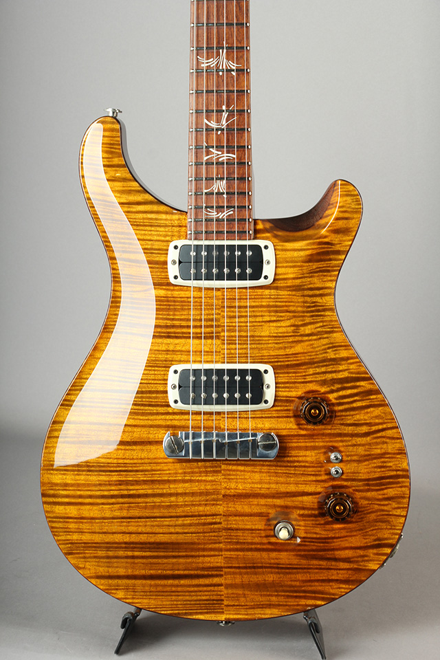 Paul's Guitar Artist Grade Figured Maple / Yellow Tiger