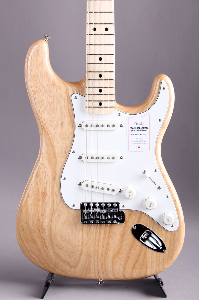 Made in Japan Traditional 70s Stratocaster  Natural