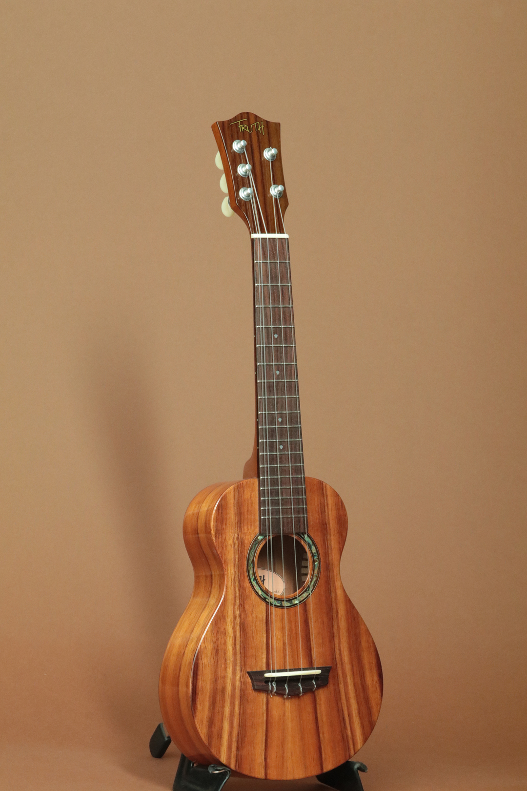 THC-5-6233 Hawaiian Koa 5-Strings Concert